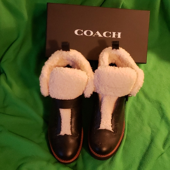 Coach shearling boots 9 leather
